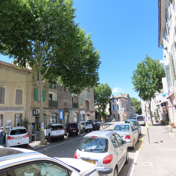 Vente Immobilier Professionnel Local commercial Saint-Rémy-de-Provence 13210